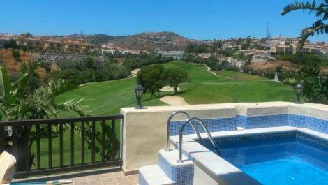 3 bedroom Villa for sale in Riviera del Sol – R3519730 in