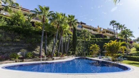 3 bedroom Penthouse for sale in Sierra Blanca – R3449389