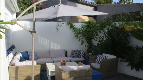 Villa de 2 dormitorios en venta en Marbesa – R3326017