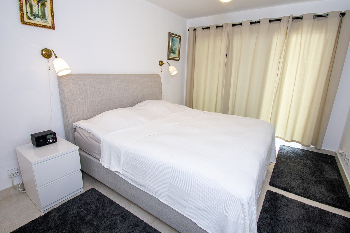 2 bedroom Townhouse for sale in Elviria – R3506239