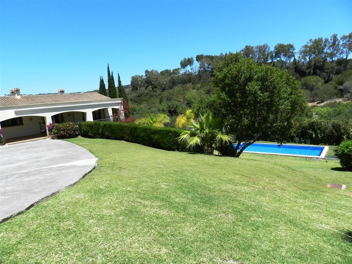 Villa de 5 dormitorios en venta en Sotogrande Alto – R3135154