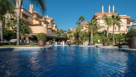2 bedroom Apartment for sale in Marbella – R3519016