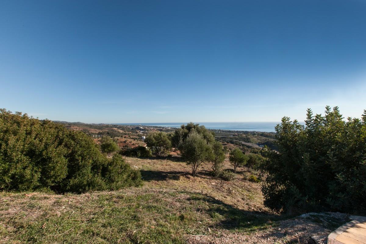 Plot for sale in Altos de los Monteros – R3555703