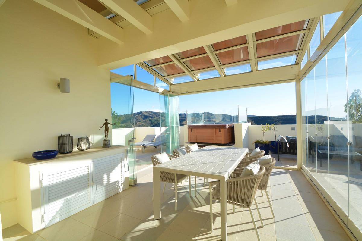 3 bedroom Penthouse for sale in Altos de los Monteros – R3569455