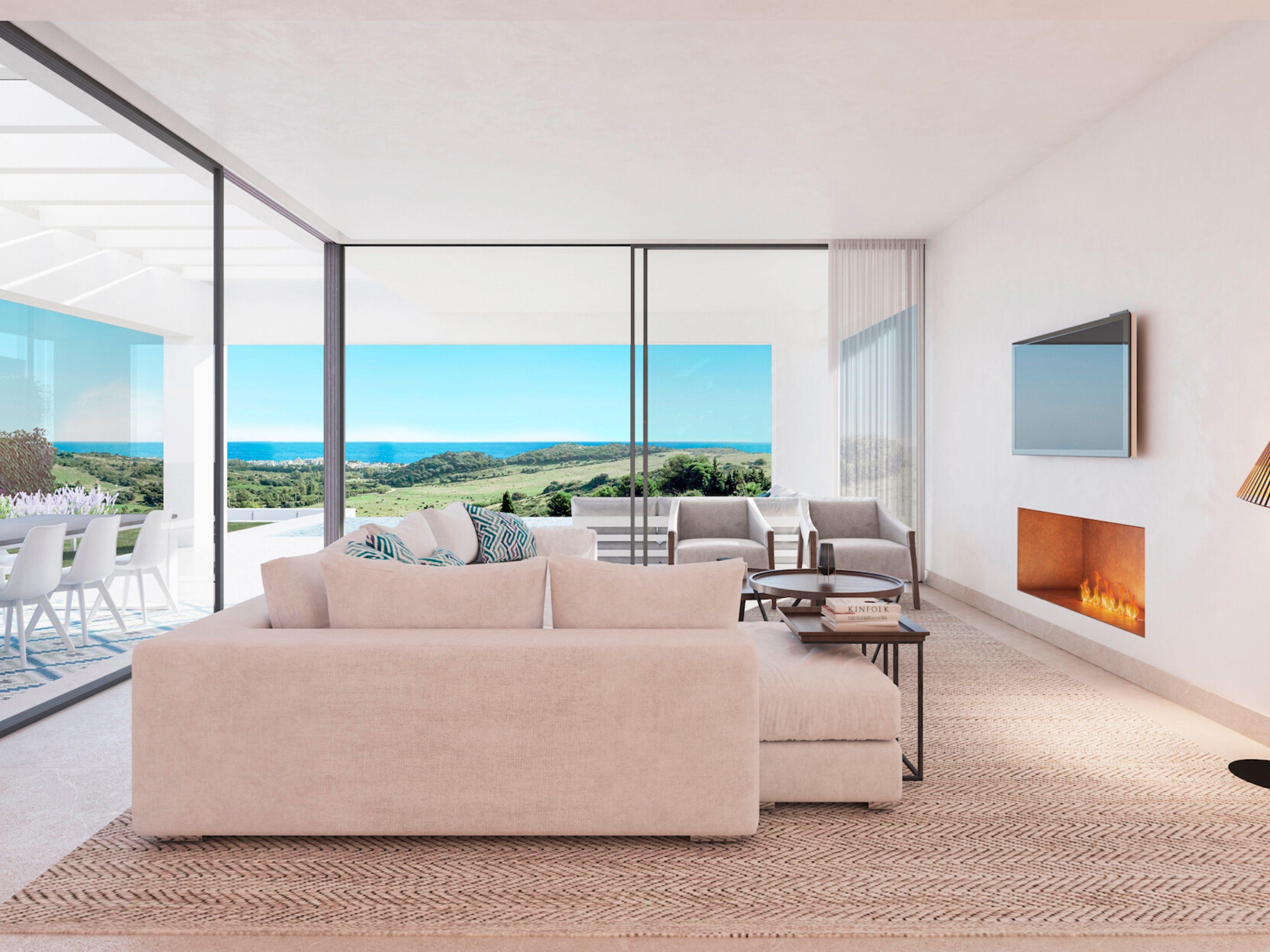 Luxury villas in the heart of Estepona Golf