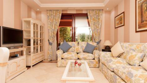 3 bedroom Apartment for sale in Elviria – R3553312