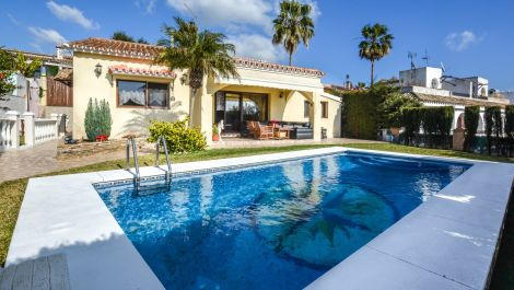3 bedroom Villa for sale in Elviria – R3367597 in