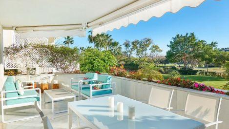 2 bedroom Apartment for sale in Las Brisas – R3186094 in