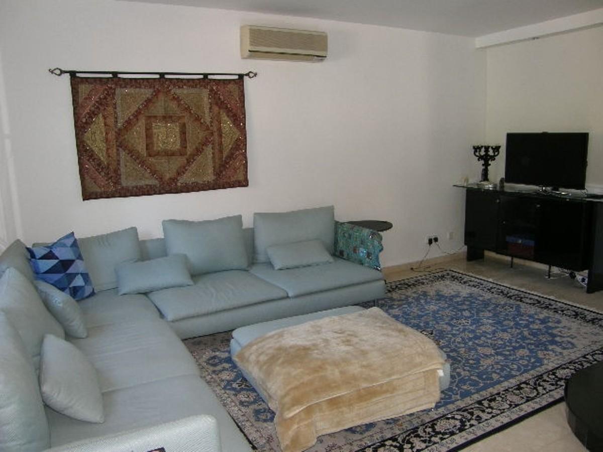 Villa de 4 dormitorios en venta en Sotogrande Costa – R3008738