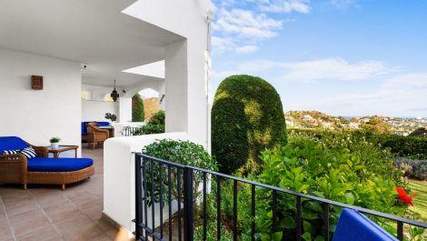 Apartamento de 3 dormitorios en venta en La Quinta – R3503137 en
