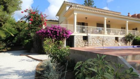 3 bedroom Villa for sale in Artola – R3318487 in