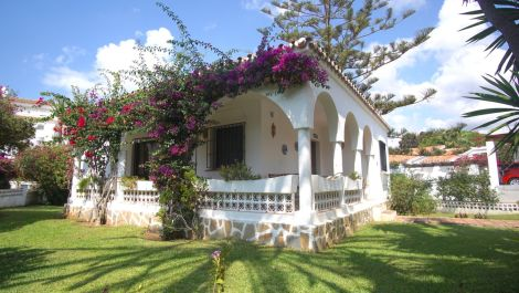 2 bedroom Villa for sale in Marbesa – R3524893 in