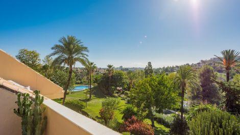 2 bedroom Penthouse for sale in Las Brisas – R450957 in