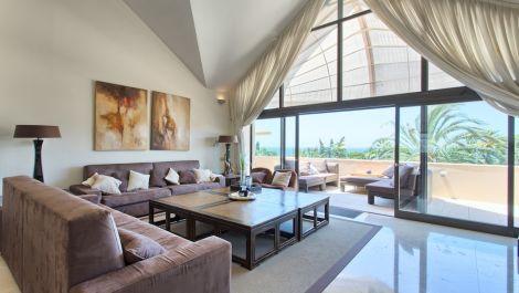 Atico de 4 dormitorios en venta en Los Monteros – R3539710 en
