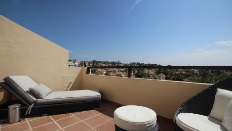 5 bedroom Penthouse for sale in Bahía de Marbella – R3507412 in