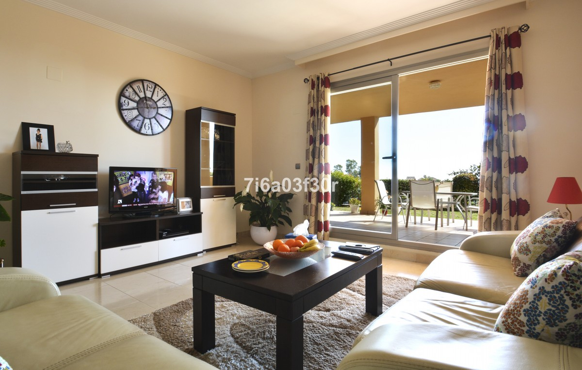 Apartamento de 2 dormitorios en venta en Selwo – R3377974
