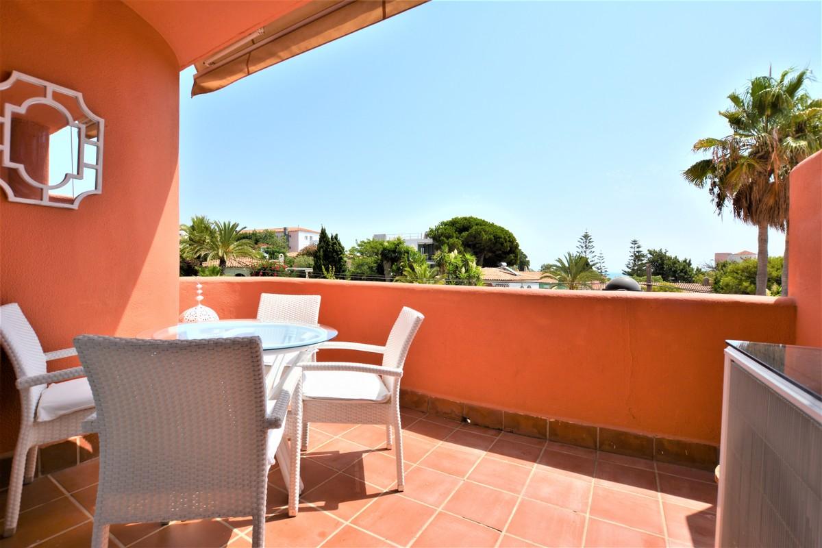 Apartamento de 3 dormitorios en venta en El Rosario – R3535636