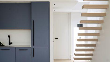 Atico de 2 dormitorios en venta en Marbella – R3597182