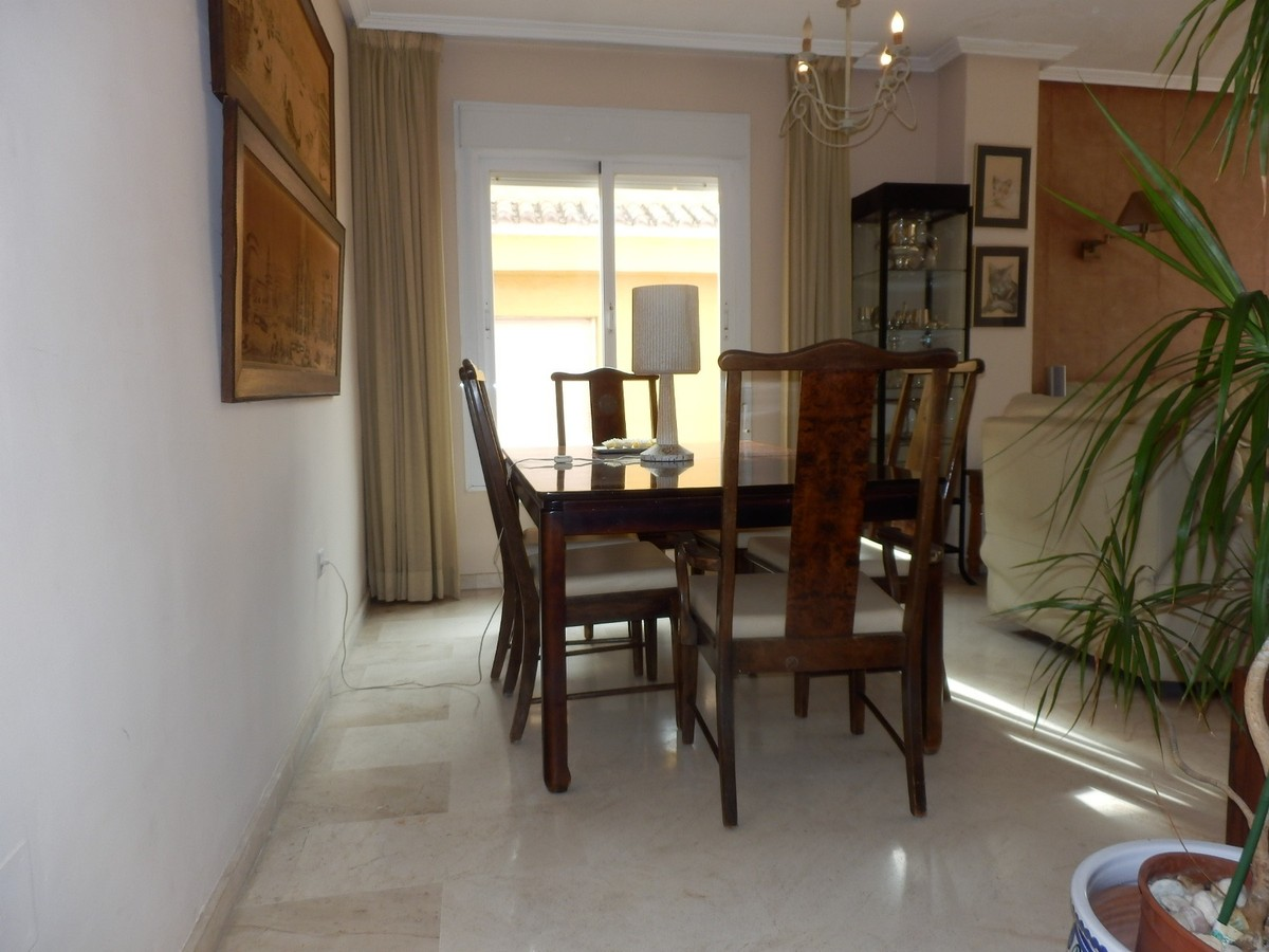 3 bedroom Penthouse for sale in Guadalmina Alta – R3592843