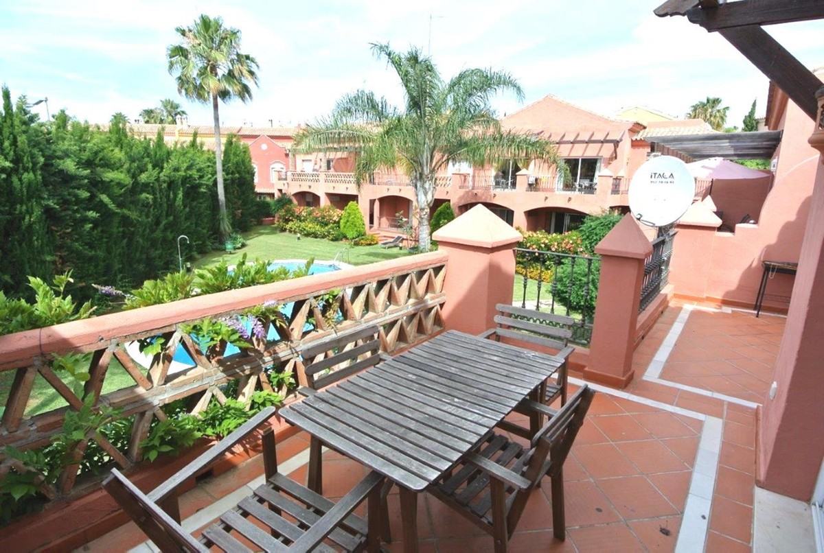 2 bedroom Penthouse for sale in The Golden Mile – R2933540
