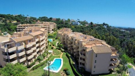 3 bedroom Apartment for sale in Elviria – R3186559
