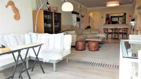 2 bedroom Apartment for sale in Benahavis – R3586873