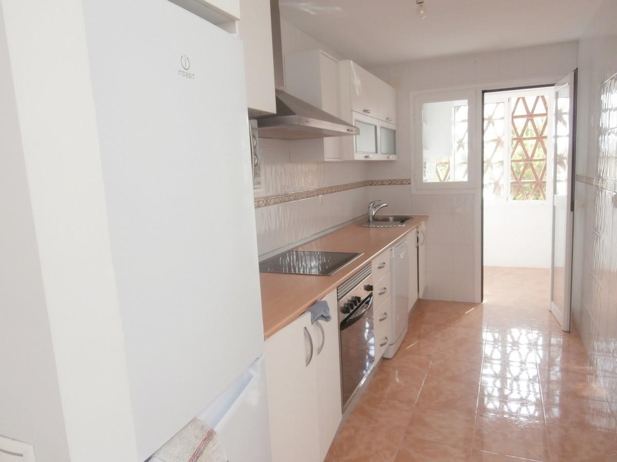 1 bedroom Penthouse for sale in Elviria – R3499051