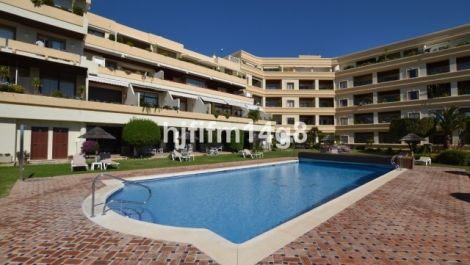 2 bedroom Apartment for sale in Nueva Andalucía – R3350869 in