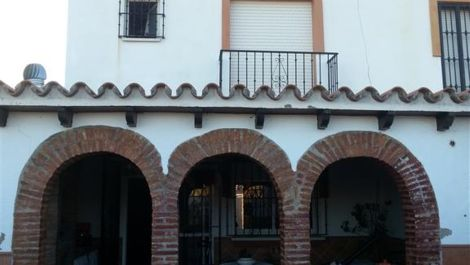 3 bedroom Townhouse for sale in Estepona – R2071437