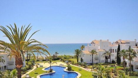 Apartamento de 2 dormitorios en venta en Los Monteros – R3209491 en