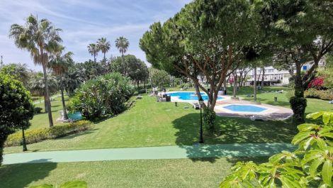 3 bedroom Apartment for sale in Puerto Banús – R3417409 in