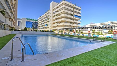 2 bedroom Apartment for sale in Puerto Banús – R3515290