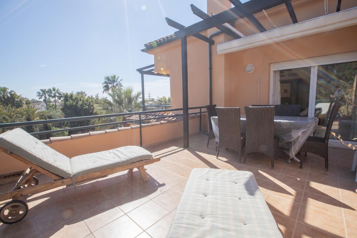 Atico de 3 dormitorios en venta en Las Chapas – R3391756