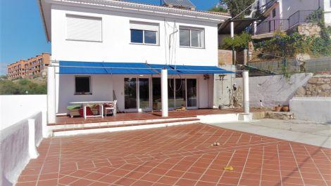4 bedroom Villa for sale in Calypso – R3537385 in