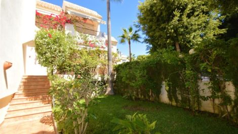 4 bedroom Townhouse for sale in Costabella – R3020762 in