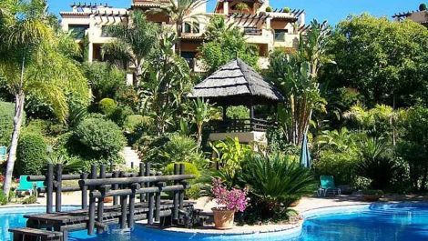 2 bedroom Apartment for sale in Estepona – R2940488
