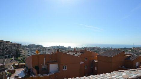 Atico de 3 dormitorios en venta en Riviera del Sol – R2818412 en