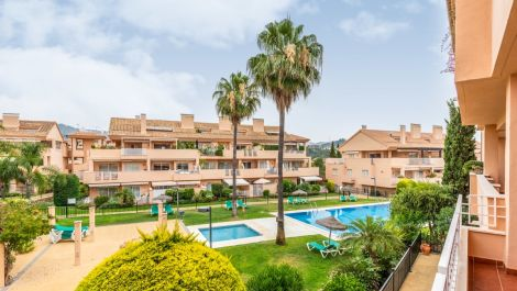 2 bedroom Apartment for sale in Elviria – R3237919