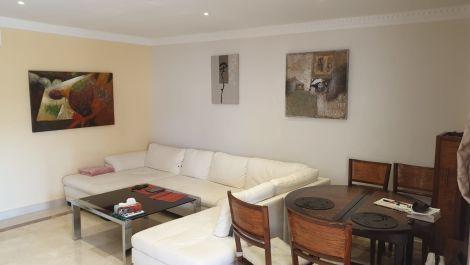 Apartamento de 2 dormitorios en venta en Benahavís – R3478195