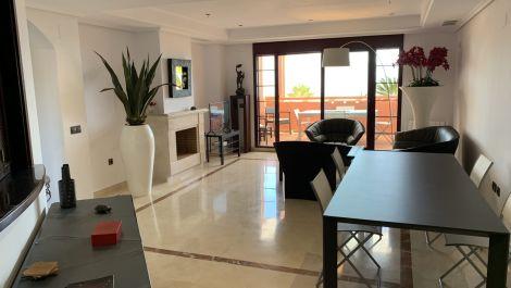 Atico de 3 dormitorios en venta en La Mairena – R3238795 en