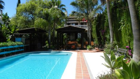 4 bedroom Semi-detached for sale in Sotogrande Alto – R3432892