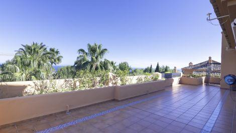 3 bedroom Penthouse for sale in Sierra Blanca – R3411652 in