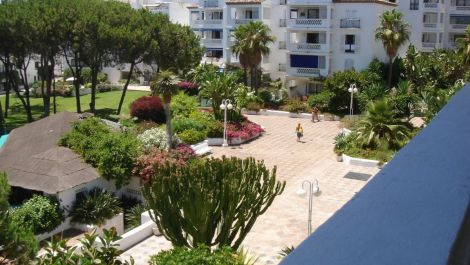 2 bedroom Apartment for sale in Puerto Banús – R3507121 in