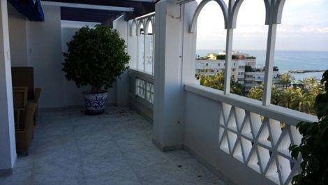 Atico de 4 dormitorios en venta en Puerto Banús – R2335154