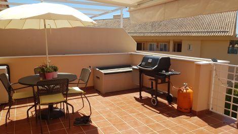 Atico de 2 dormitorios en venta en Elviria – R3394081 en