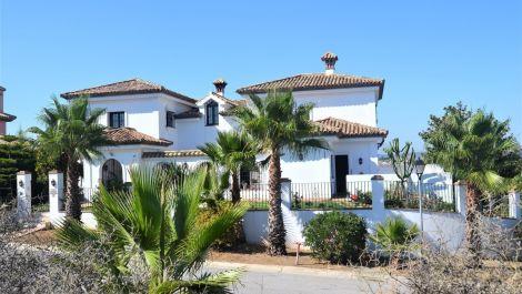 5 bedroom Villa for sale in Sotogrande – R2961332 in