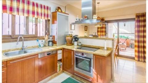 6 bedroom Villa for sale in Sotogrande Alto – R3176959