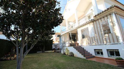 5 bedroom Villa for sale in Las Chapas – R2590901 in