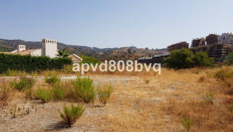 Plot for sale in Elviria – R3241435