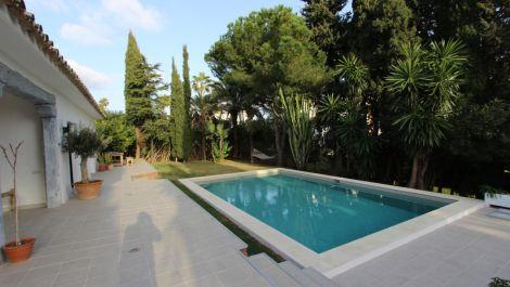 Villa de 5 dormitorios en venta en Hacienda Las Chapas – R3377314 en